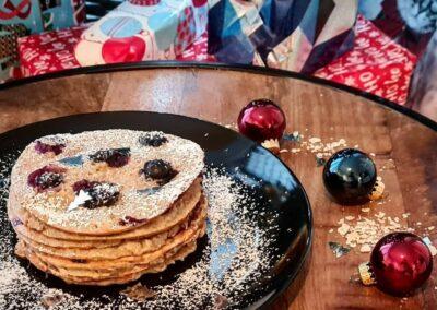 Pancakes de flocons d'avoine aux myrtilles